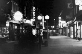 Emden bei Nacht, ca. 1982