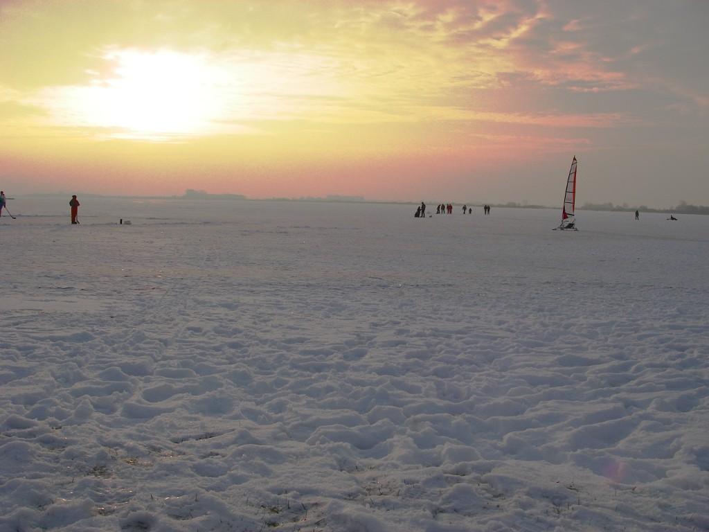 Großes Meer im Winter