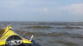 Mündung des Priels, hinten der weiße Sand von Campen
