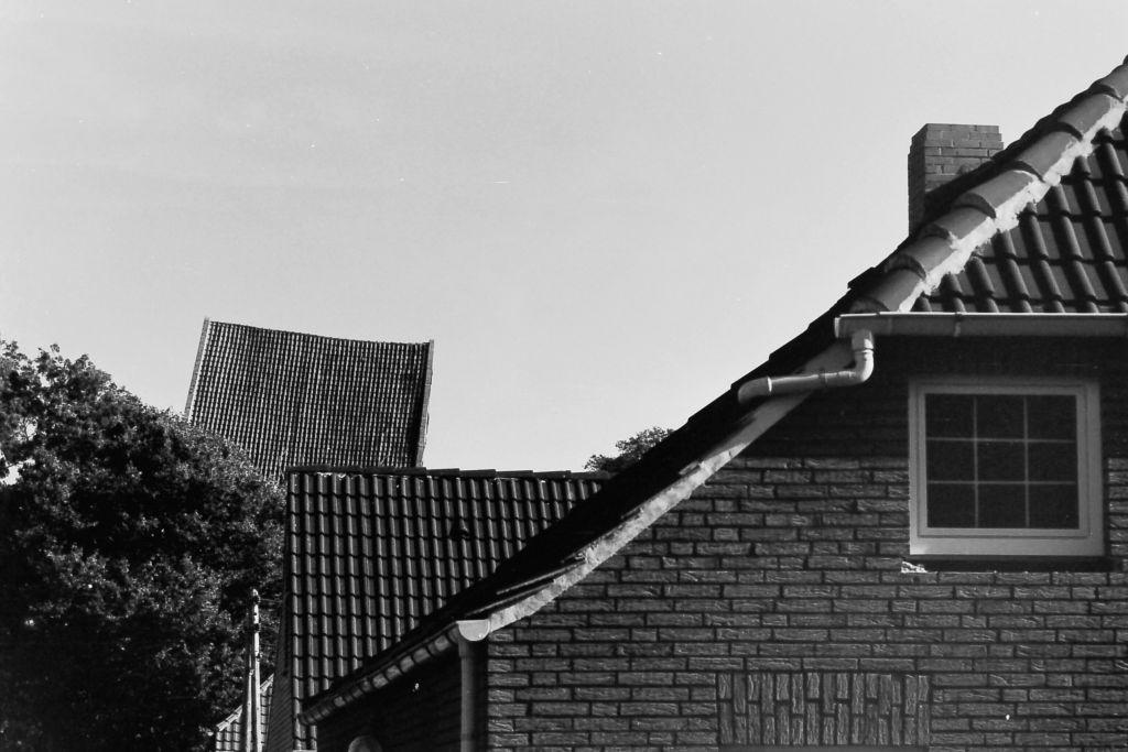 Suurhusen mit Kirchturm, 1979
